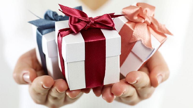 Ce cadou oferi femeilor din viata ta?